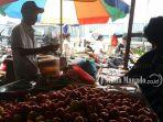 penjual-di-pasar-ulu-sitaro-sulawesi-utara_20180607_134500.jpg