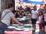 penjual-ikan-di-pasar-tradisional-kabupaten-kepulauan-sitaro_20180810_161316.jpg
