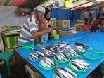 penjualan-ikan-di-pasar-bersehati-jalan-nusantara-calaca.jpg