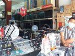 penjualan-tv-dan-antena-di-kawasan-niaga-45-manado-sulawesi-utara-rabu-2872021.jpg
