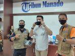 penyerahan-masker-dari-relawan-sulut-hebat-kepada-pemimpin-perusahaan-risdianto-tunandi-1.jpg