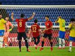 penyerang-brasil-richarlison-bereaksi-setelah-gagal-menuntaskan-penalti.jpg