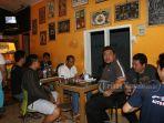 pesta-bola-para-jurnalis-bersama-komandan-kodim-1301sangihe_20180715_102733.jpg