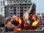 pi-ledakan-kantor-media-al-jazeera-dan-associated-press-di-gaza.jpg