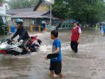 pmi-bantu-di-banjir-sario.jpg