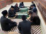 pn-melonguane-berdoa-bersama.jpg