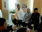 presiden-jokowi-ke-ntb-tinjau-langsung-pencairan-dana-korban-gempa-lombok_20181018_230806.jpg