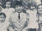 presiden-soekarno-fatmawati-dan-kelima-anak-mereka-dg.jpg