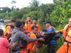 proses-evakuasi-korban-diterkam-buayajpg6523642.jpg