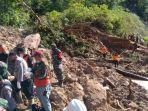proses-evakuasi-korban-longsor-di-plta-batangtoru-jumat-3042021.jpg
