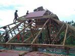 proses-rehab-atap-masjid-al-ikhlas-desa-pakuku-jaya-kecamatan-tomini-bolsel_20180419_075556.jpg