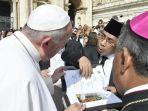 rais-aam-pbnu-kh-yahya-cholil-staquf-bertemu-dengan-pemimpin-katolik-paus-fransiskus-vfb.jpg