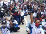 ratusan-buruh-yang-tergabung-dalam-federasi-serikat-pekerja-metal-indonesia-fspmi.jpg