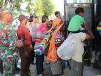 ratusan-warga-dievakuasi-ke-timika-karena-takut-serangan-kkb-papua.jpg