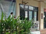 salah-satu-kantor-di-pemkot-manado-yang-padat-pengunjung-7657hfghgfh.jpg