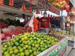 salah-satu-penjual-buah-di-pasar-kotamobagu-ytyhghgf.jpg