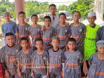 santri-al-hasanain-islamic-soccer-school-kotamobagu-saat-berada-di-manado-minggu-11-oktober-2020.jpg