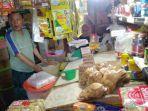 sembako-di-pasar-bersehati-jalan-nusantara-calaca-wenang-manado-sulut-minggu-1292021.jpg