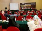 seminar-international-postgraduate-research-conference-iprc_20180407_153620.jpg