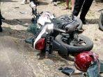 sepeda-motor-yang-terlibat-kecelakaan-di-jalan-rm-hadi-soebeno.jpg