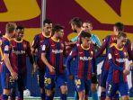 skuad-barcelona-saat-merayakan-gol-ke-gawang-villarreal.jpg