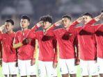 skuat-timnas-u-19-indonesia-menyanyikan-lagu-indonesia-raya-346246.jpg