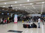 suasana-di-ruang-check-in-bandara-internasional-sam-ratulangi-manado.jpg
