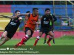 suasana-latihan-para-pemain-psm-makassar-jelang-laga-partai-ketiga-grup-h-piala-afc-2019.jpg