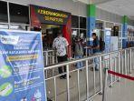 suasana-main-gate-terminal-keberangkatan-bandara-internasional-sam-ratulangi-manado.jpg