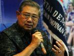 susilo-bambang-yudhoyono-sby-saat-akan-memberikan-konferensi-pers.jpg