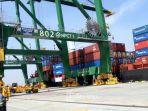 terminal-peti-kemas-kalibaru-pelabuhan-utama-tanjung-priok_20180906_113320.jpg