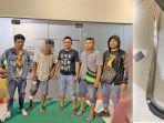 tersangka-penikaman-saat-ditangkap-polisi124.jpg