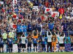 timnas-jepang-rayakan-kemenangan-atas-kolombia_20180621_165532.jpg