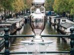 trofi-euro-2021-dipamerkan-di-kota-amsterdam-belanda.jpg