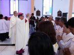 uskup-manado_20170819_162227.jpg