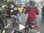 video-viral-mobil-tabrak-polisi-di-jalan-saat-penyekatan-pemudik.jpg