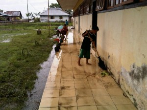 Warga Desa Rumbia Kebanjiran, Lobe Jadi Merasa Seperti Bebek