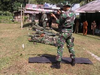 TNI Kompi Senapan C Berlatih di Mobongo: Bidik Sasaran, Tembak..!