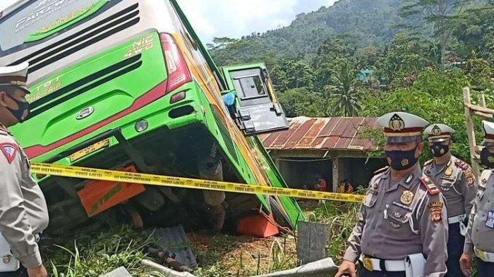 Detik-detik Sopir Bus Berusaha Selamatkan 64 Penumpang saat Rem Blong, Berakhir di Ujung Jurang