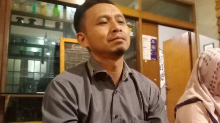 Cecep Supriadi saat diwawancara terkait laporan Ustad Solmet, Kamis (7/10/2021) malam.