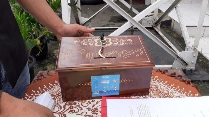 Ilustrasi kotak amal musala - Pria lajang di Lamongan kerap membobol kotak amal untuk foya-foya dan chek in bersama wanita penghibur.