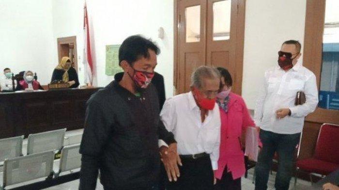 Muncul di PN Bandung, Anak Kakek Koswara Merasa Berdosa & Minta Maaf: Siap Sujud di Kaki Bapak