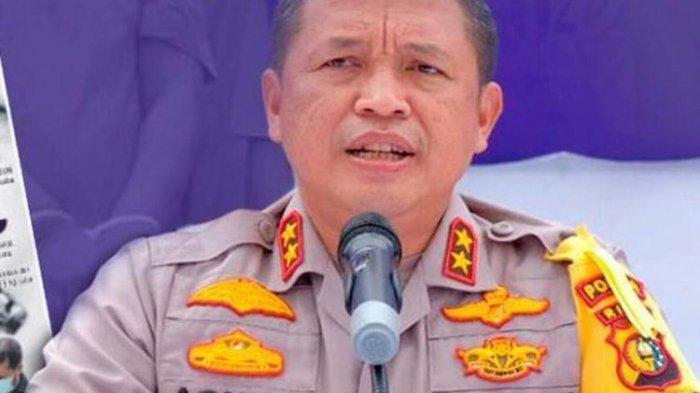 Kapolda Riau Irjen Pol Agung Setya Imam Effendi mencap Kompol IZ sebagai pengkhianat bangsa.