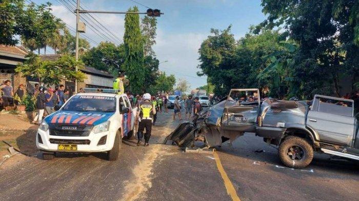 Kecelakaan Maut di Tuban, Mobil Panther Tabrak Truk Tronton dari Arah Berlawanan, 4 Orang Tewas