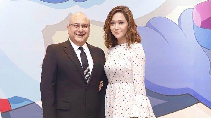Maia Estianty mengungkapkan perjalanan asmaranya hingga bertemu dengan Irwan Mussry.
