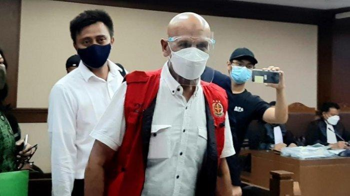 Mark Sungkar di Pengadilan Tipikor, Jakarta Pusat, Selasa (9/3/2021).