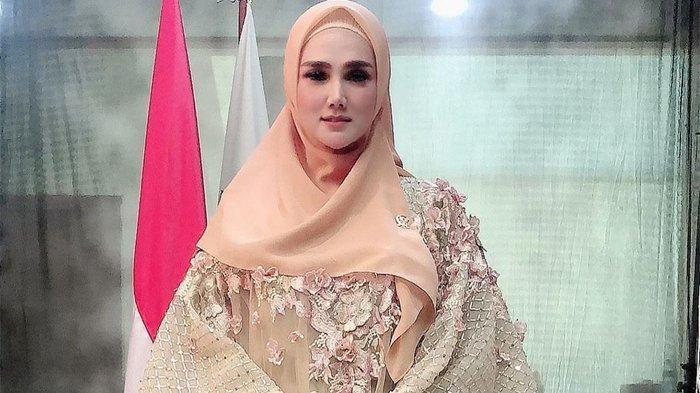 Unggah Berita WNA Boleh Masuk ke Indonesia Saat PPKM Darurat, Mulan Jameela: 'Gimana Pendapatnya?'
