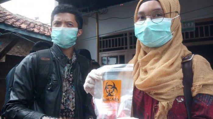 Sekeluarga Keracunan setelah Makan Oncom, Istri Sempat Pijati Suami, Malah Meninggal Duluan