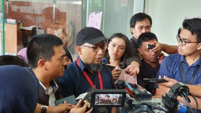Novel Baswedan Dipolisikan Gegara Cuitan 'Kemanusiaan' Ustaz Maaher, KPK: Katanya Terbuka Kritik