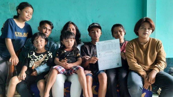 Pasutri di Malang Miliki 16 Anak, Niatnya Mau 2 Malah Keterusan, Nikah di Usia 11 dan 12 Tahun